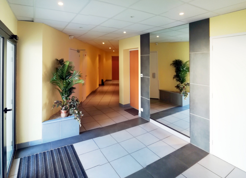 APPARTEMENT  A VENDRE T2 REDISENCE SÉCURISE 2 PARKING ASCENSEUR GOUESNOU CENTRE